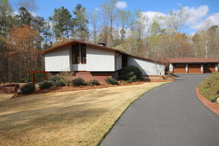 a9a6a57993 Frank Lloyd Wright Style Home For Sale In Canton
