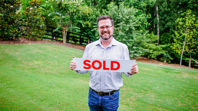Our clients, Kelly and Christy, were our top priority and were able to sell their home fast and hassle-free.
