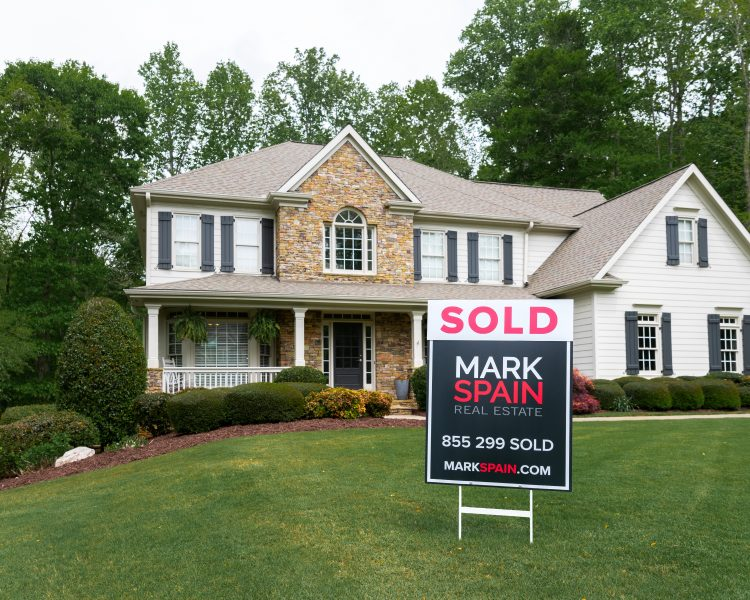 Sell Your Home Quickly and For More in a Seller's Market