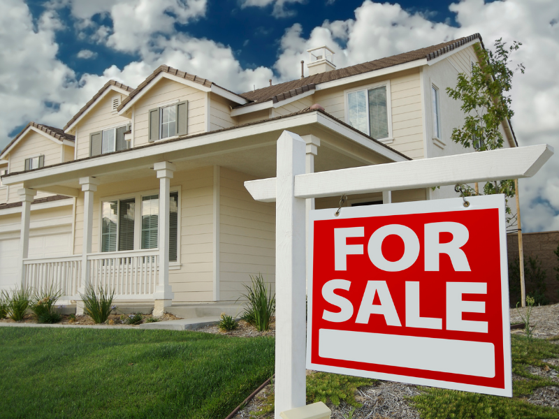 Houses sell quickly in a seller's market